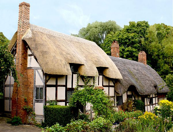Дом жены Шекспира. Anne Hathaway's (Shakespeare's Wife) Cottage in Shottery, Warwickshire.
